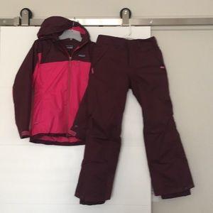 Patagonia girls Ski Jacket and Pants set